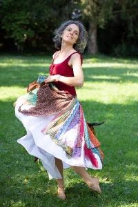 Amaryllis Anglaret, Facilitatrice de Biodanza, de Jeu de la Transformation et Facilitatrice en Clarté
